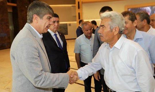 Esnaf, Başkan Türel'i ziyaret etti