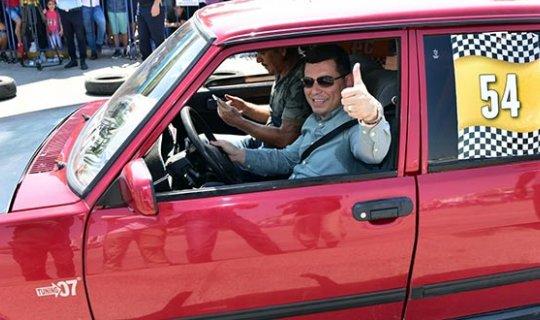 Otomobil tutkunları Kepez'de buluştu