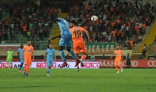 Trabzonspor Aytemiz Alanyaspor'a 1-0 mağlup oldu