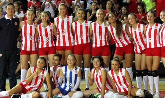 Antalyaspor Voleybol Bayan A Takımı galibiyetin peşinde