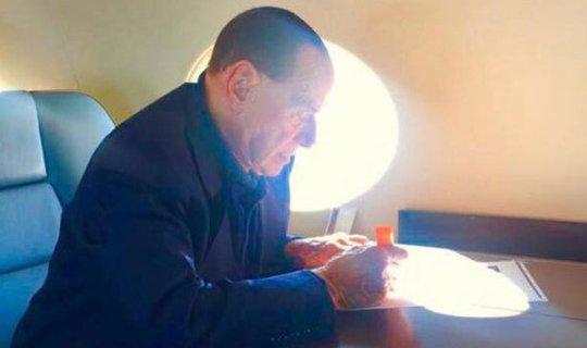 Berlusconi'den Putin'e doğum günü jesti