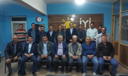 İYİ Parti Korkuteli ilçe yönetimi istifa etti!
