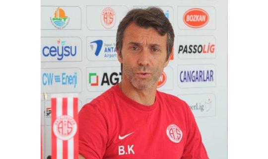 Antalyaspor Teknik Direktörü Bülent Korkmaz'dan önemli açıklamalar