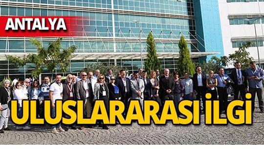 Kepez Devlet Hastanesi farklı ülkelerden 40 kişilik heyeti ağırladı