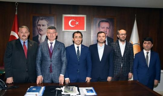 Adana'da AK Parti belediye başkan adayları tanıtıldı