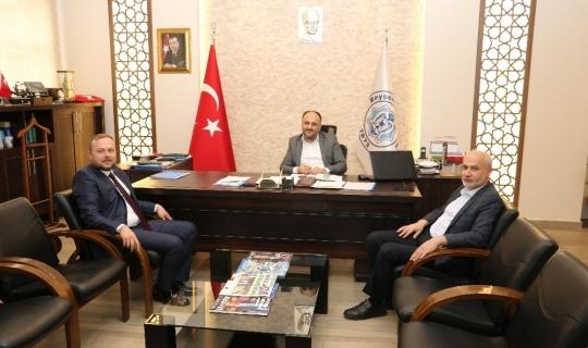 AK Parti adayı Yaşar'dan Başkan Özaltun'a ziyaret