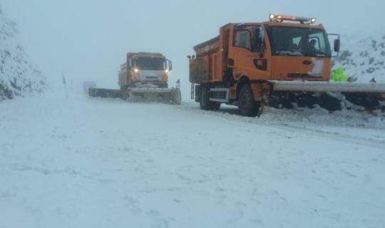 Antalya-Konya yolunda etkili kar yağışı