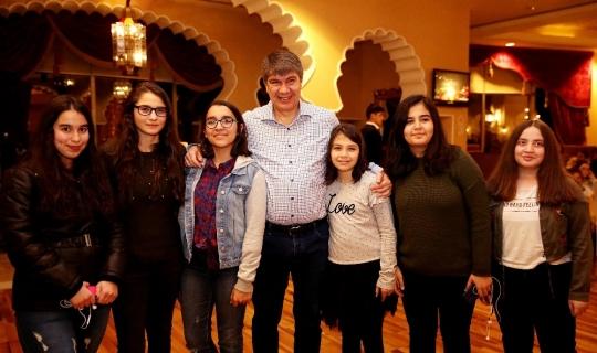 Antalya'da 790 okul birincisi bin 580 yakını ile birlikte tatile çıkıyor
