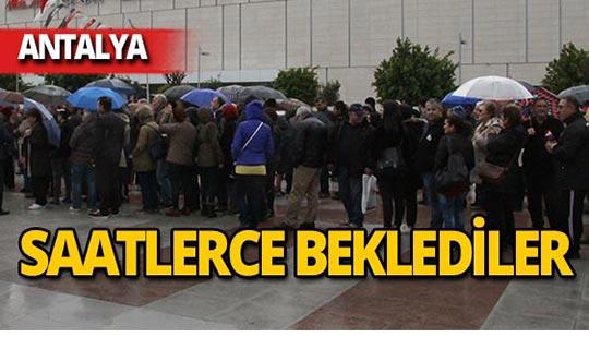 Antalya'da hamsi izdihamı!