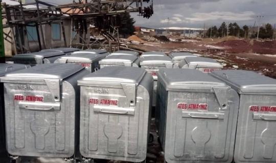 Aslanapa Belediyesi'ne 25 yeni çöp konteyneri
