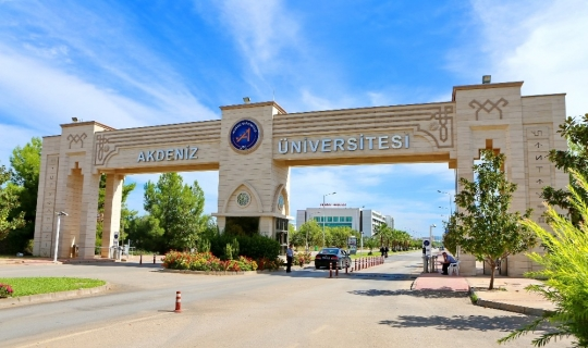 AÜ en çok haber olan devlet üniversitesi oldu