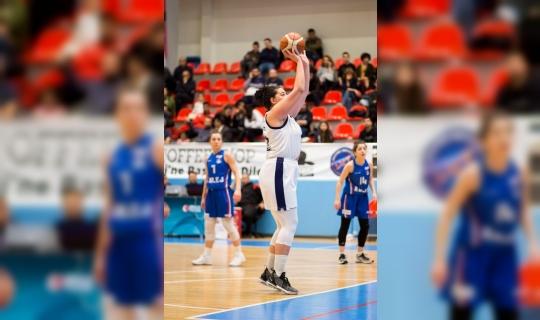 AÜ Kadın Basketbol Takımı, ligde 5'inci sıraya çıktı
