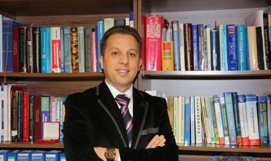 AÜ öğretim üyelerinden büyük başarı