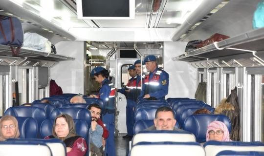 Aydın jandarmasından trenlerde güvenlik uygulaması