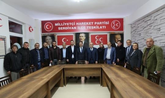 Başkan Alemdar, MHP Serdivan İlçe Başkanı İskender'i ziyaret etti