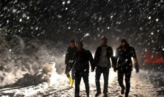 Başkan Uçak karla mücadele çalışmalarına katıldı