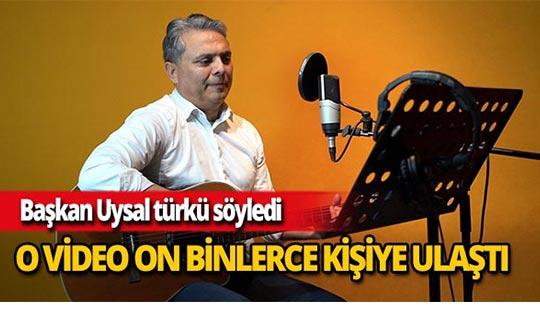 Başkan Ümit Uysal, Rauf Denktaş'ın anısına stüdyoya girdi