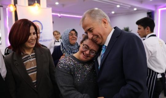 """Başkan Zolan: """"En büyük engel sevgisizliktir"""""""