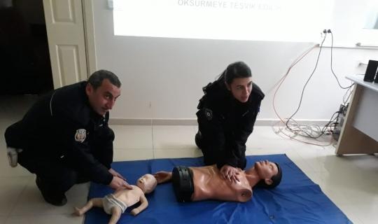 Bilecik'te polislere ilk yardım eğitimi