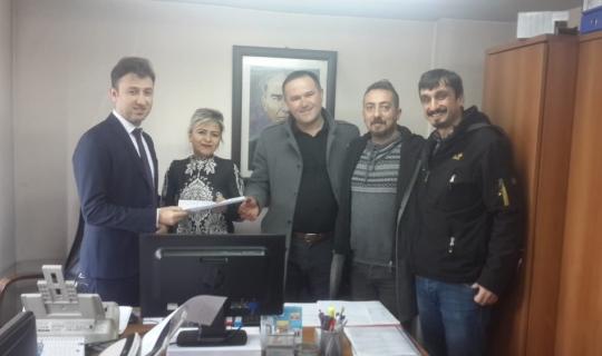 Cengiz Saraç ve ekibi mazbatasını aldı
