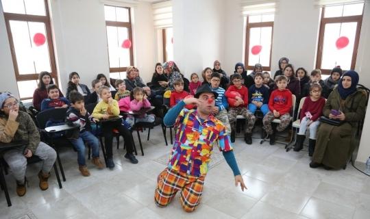 Çocuklar, karne kutlaması etkinliğinde buluştu