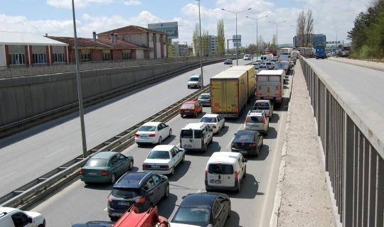 Eskişehir'de her 3 kişiye bir araç düşüyor