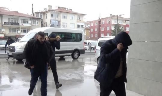 FETÖ'den 1 asker tutuklanırken, 16 askere de adli kontrol verildi