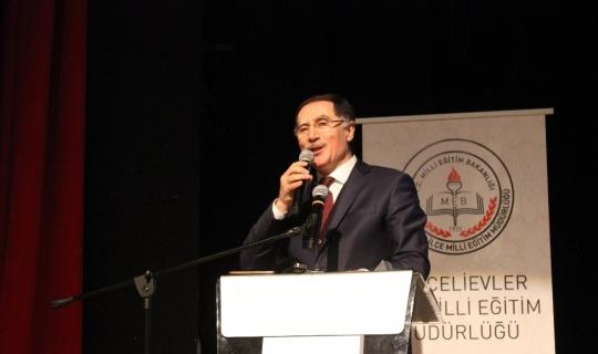 """KDK Başdenetçisi Şeref Malkoç, """"Devletle vatandaş arasında dostluk köprüsüyüz"""""""