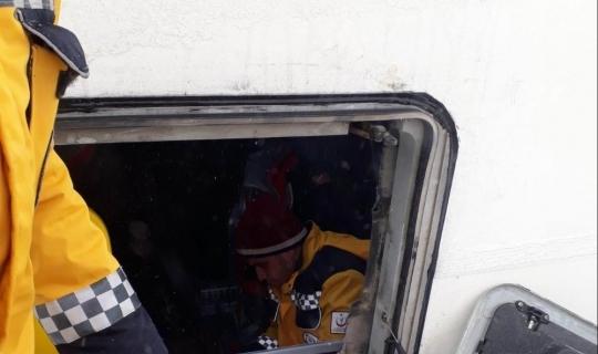 Konya'da yolcu otobüs şarampole devrildi: 4 yaralı