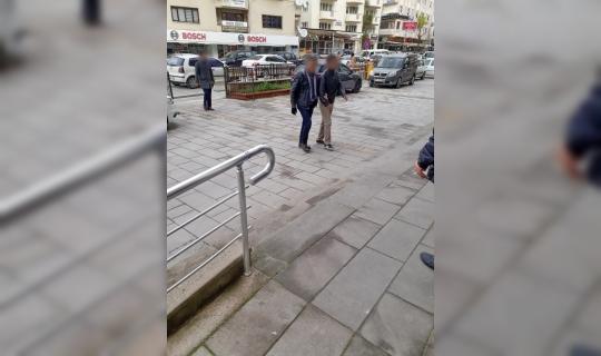 Kuşadası'nda aranan 1 kişi tutuklandı