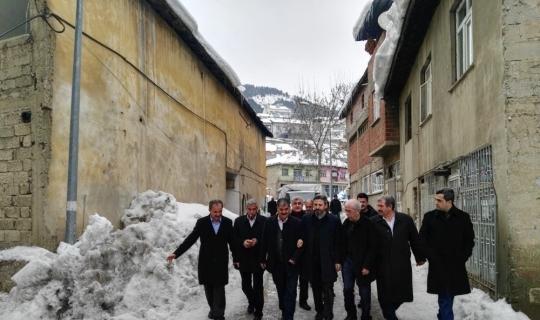 Milletvekilleri ilçeleri geziyor