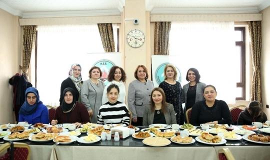 Öğrenciler yararına kahvaltı programı düzenlendi