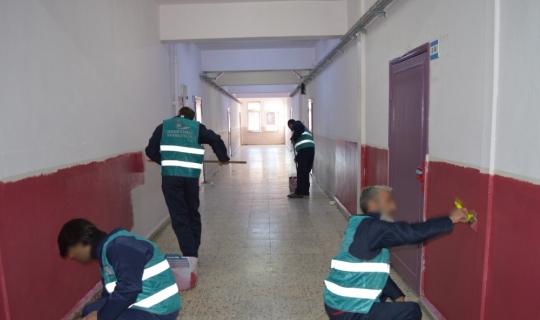 Ordu'da okulların bakımını hükümlüler yapıyor