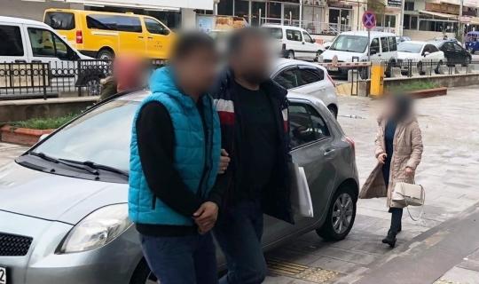 Park halindeki araçtan hırsızlık yapan şüpheli tutuklandı