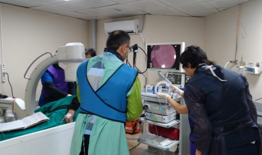 Safra kanalındaki taşlardan cerrahi müdahaleye gerek kamadan kurtuluyorlar
