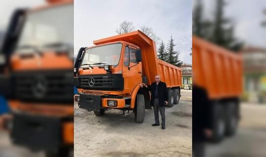 Sapanca Belediyesine kamyon hibe edildi