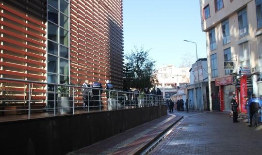 Serik'te Belediyeye ait 13 taşınmaz 5.8 milyon liraya satıldı