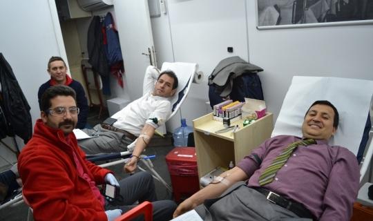 Şuhutlu vatandaşlardan kan bağışına destek