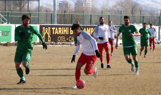 TFF 2. Lig: Sivas Belediyespor: 1 - Pendikspor: 2