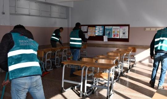 Tunceli'de hükümlüler, okullarda çocuklar için çalışmaya başladı