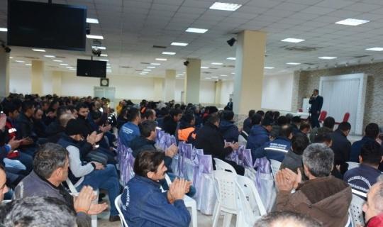 Uysal şantiyede çalışan belediye işçileri ile buluştu