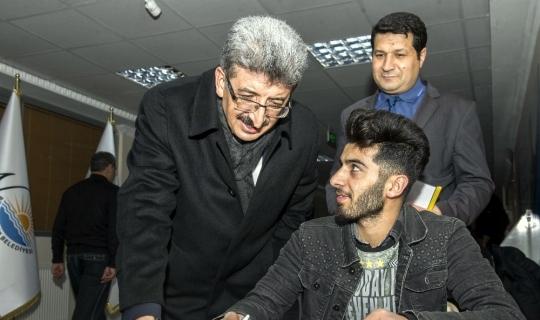Vali Bilmez'den gençlere moral ziyareti