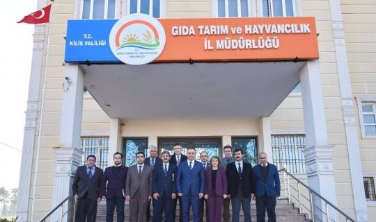Vali Soytürk kurumlardan brifing aldı