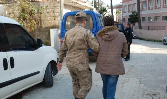 Yayladağı'nda kaçakçılık operasyonu: 2 gözaltı