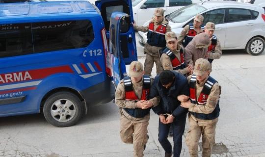 Yayladağı'nda kaçakçılık ve uyuşturucu operasyonu
