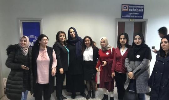 """Yüksekova'da """"Eğitimde Medya Çatışması"""" paneli"""