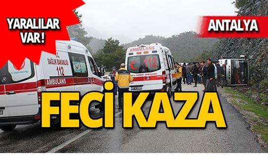 Antalya'da minibüs halk midibüsüne çarptı: Yaralılar var!