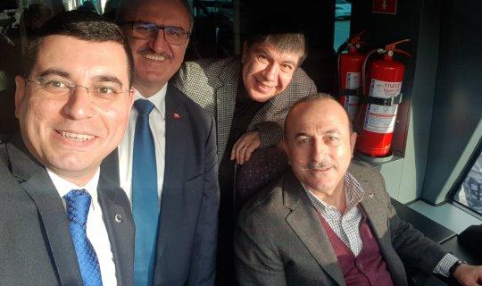 Bakan Çavuşoğlu tramvay test sürüşü yaptı