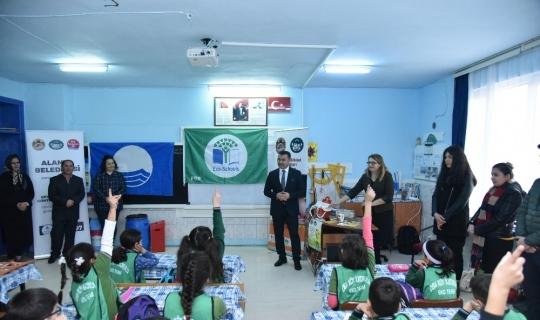 Başkan Yücel, Eko okullara proje ziyaretinde