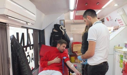 Kaş'ta kan bağışı